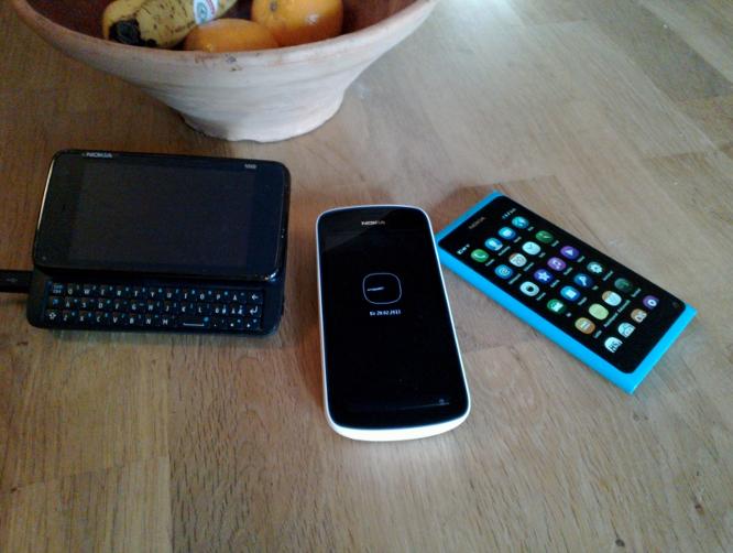 N900, 808 ja N9